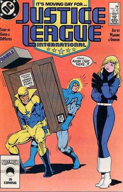 Justice League International #8. Portada de Kevin Maguire y Al Gordon.