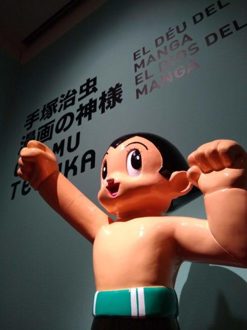 Figura de Astroboy en la exposición de Osamu Tezuka